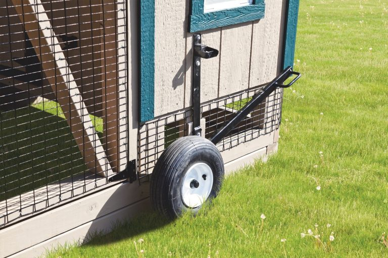 chicken coops on wheels lift lever